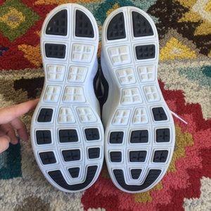 Nike Shoes - Nike Lunarlon Lunar Tempo sneakers